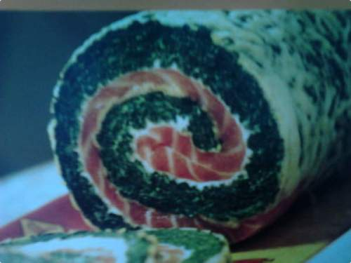 rocambole-de-salmao-com-espinafre